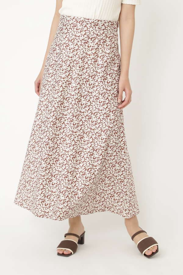 マノアサテンスカート
