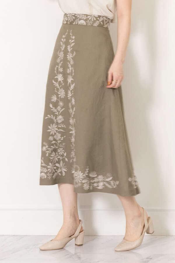 《Endy ROBE》アマラ刺繍サーキュラースカート
