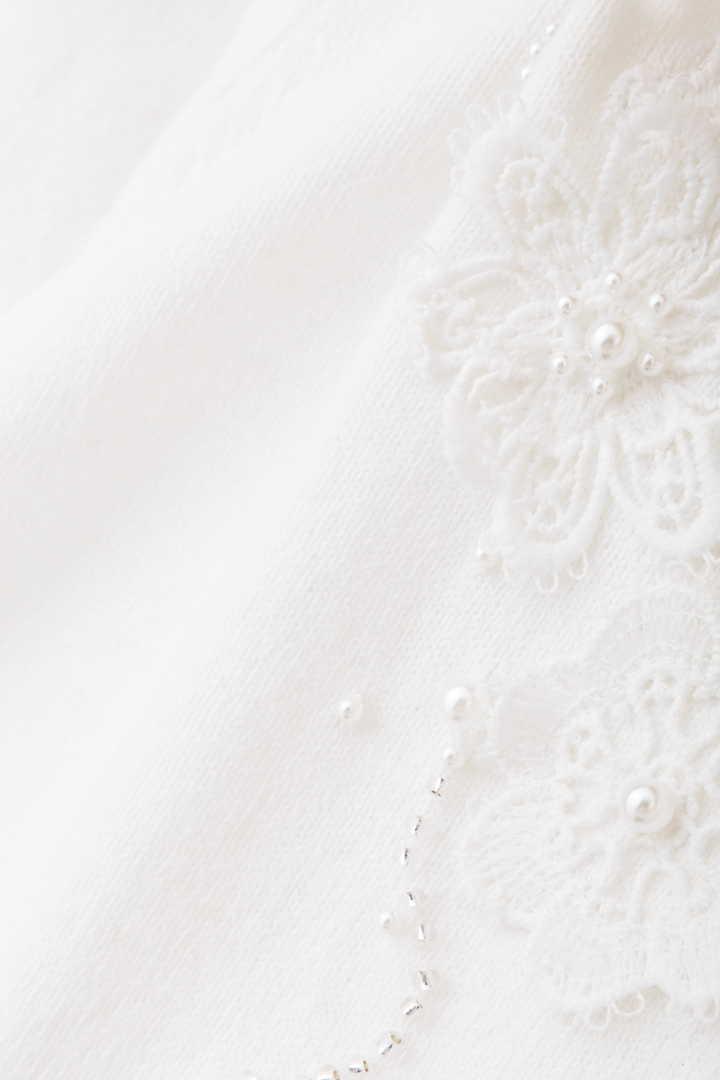 メロディー刺繍ニットカーディガン