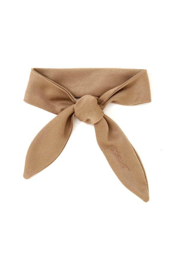 サテンスカーフ