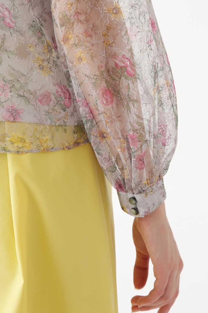 フラン衿付小花柄レースブラウス