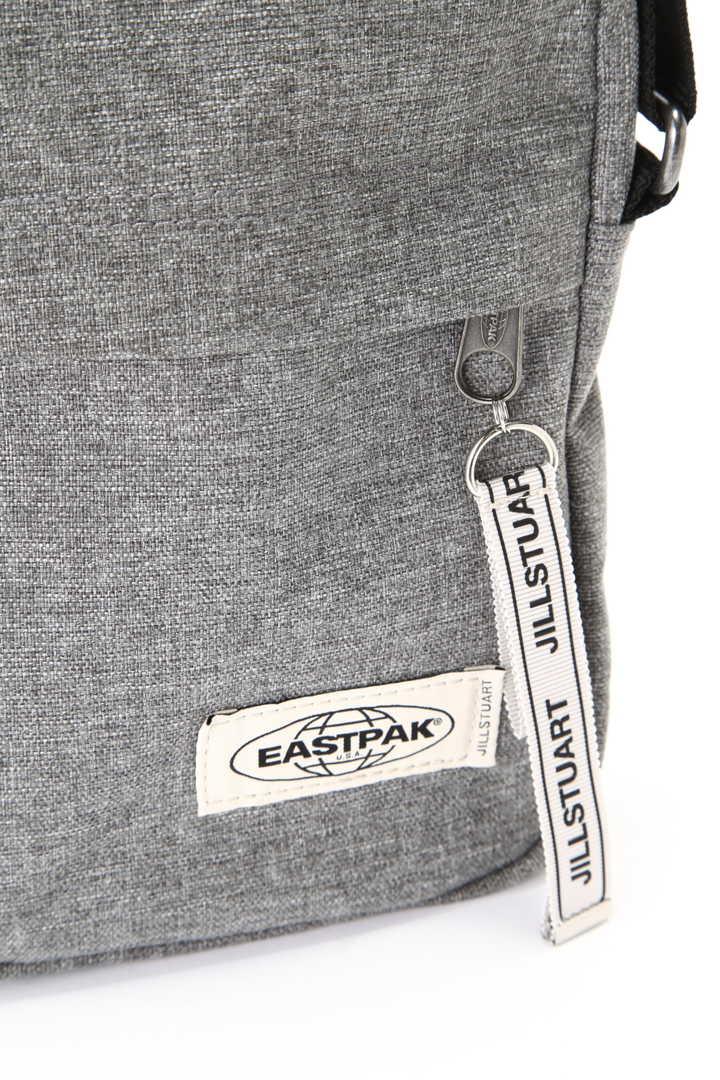 《EASTPAK×JILLSTUARTコラボ》THE ONE サコッシュバッグ