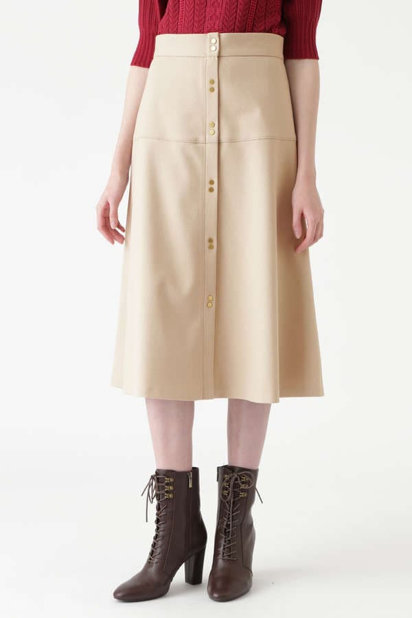 フロウフレアスカート