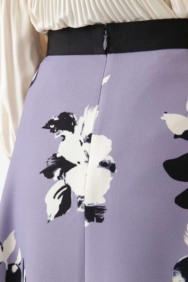 《Endy ROBE》ルビーフラワースカート