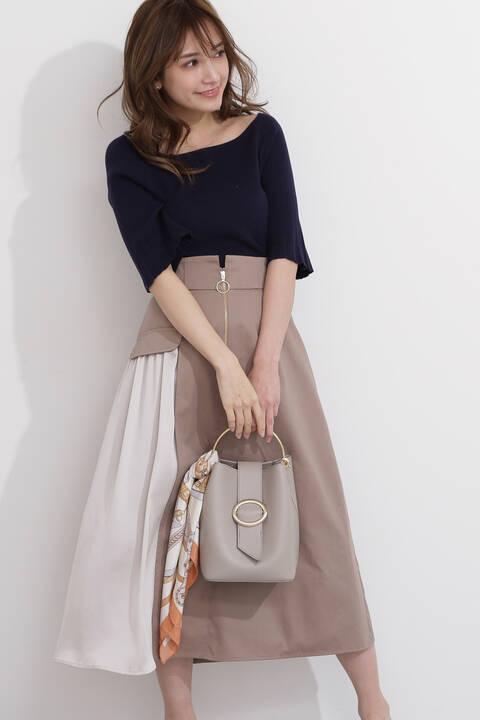 サテンレイヤードフレアスカート