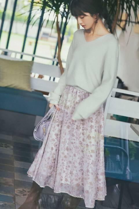 《堀田茜さん着用 美人百花12月号掲載商品》アンゴラ混Vネックニット