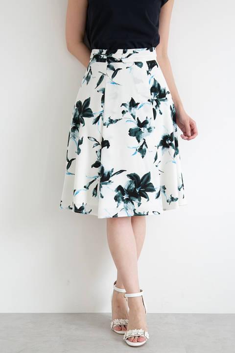 リリーブラッシュプリントフレアスカート