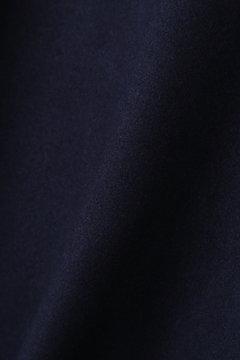 デコルテ刺繍ワンピース