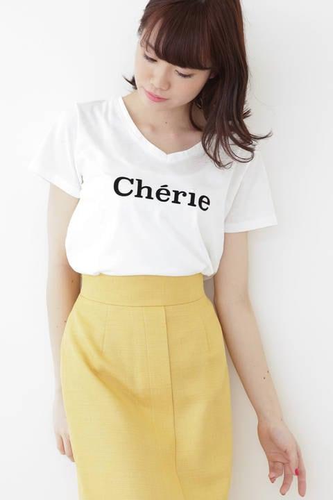 VネックロゴTシャツ