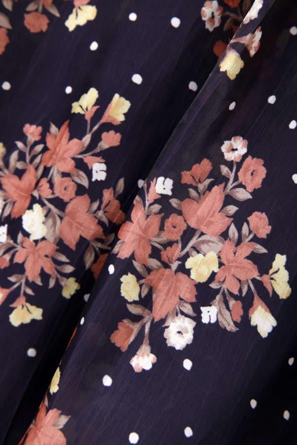 ヴィンテージブーケメタルプリントスカート