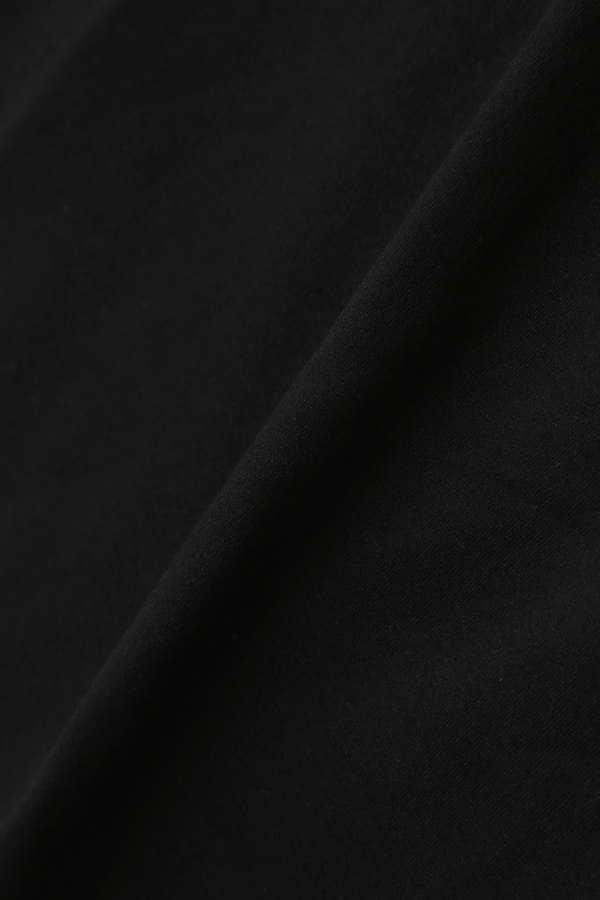 《BLANCHIC》スリーブ刺しゅうTシャツ
