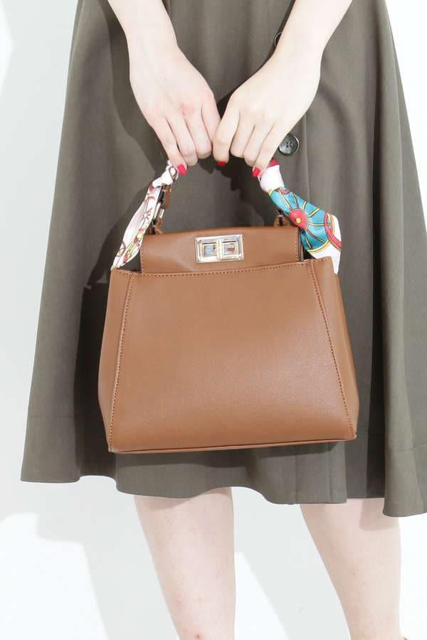 スカーフハンドルバッグ