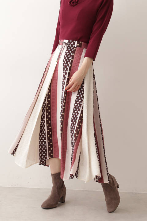 《EDIT COLOGNE》ヴィンテージスカーフプリントスカート