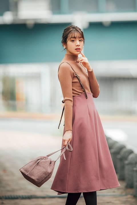 バックリボンジャンパースカート
