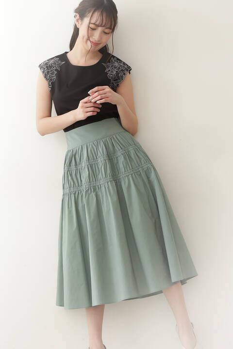 タフタティアードスカート