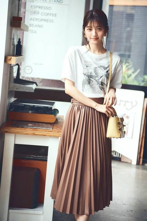 カラープリーツエコレザースカート
