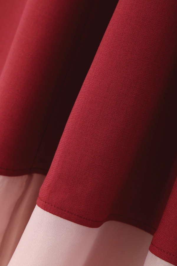 シアーヘムスカート
