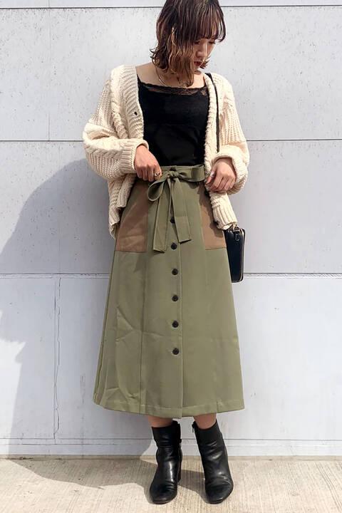 フロント釦配色切替Aラインスカート