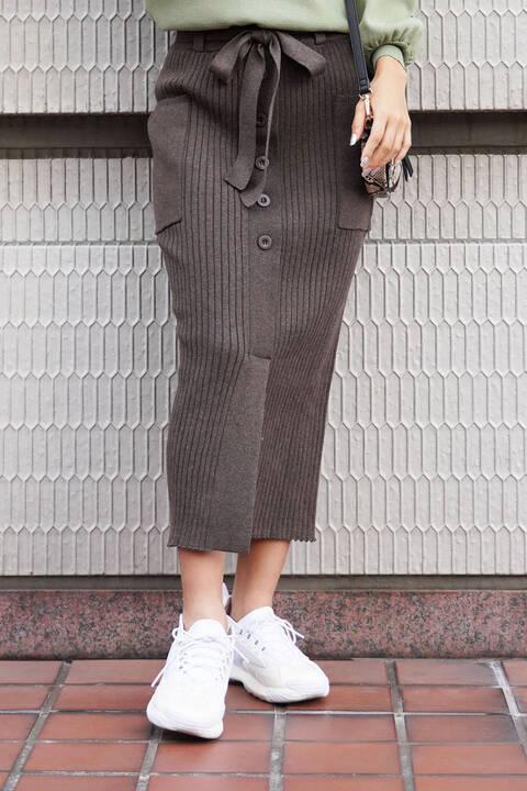 フロントボタンリブニットスカート