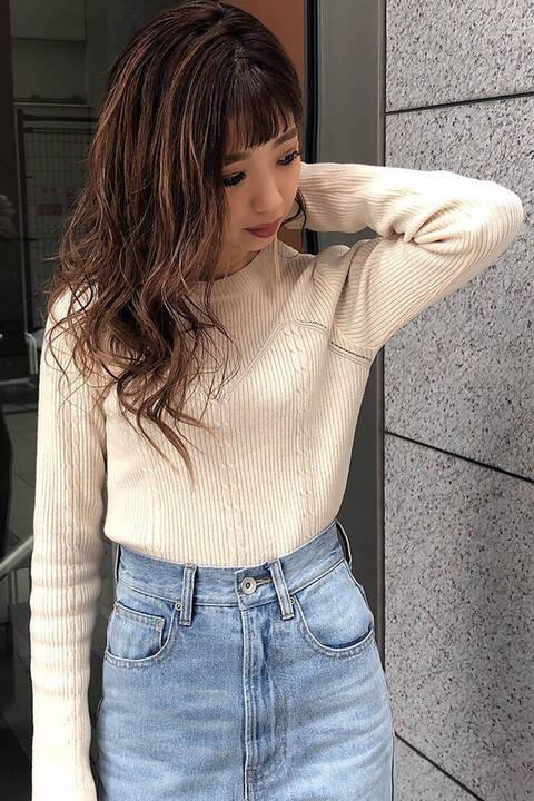ビスチェ風編み柄ニット