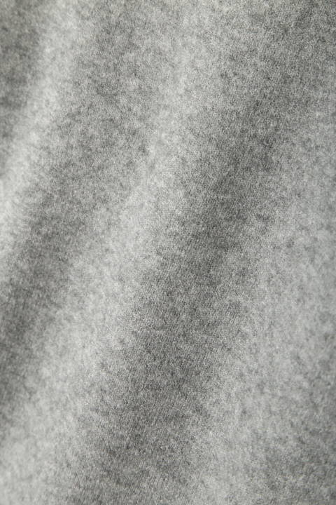 裾ダーツ総針ニットプルオーバー