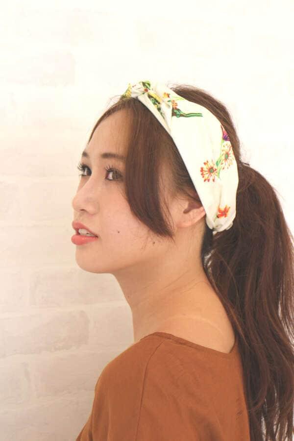 【MOOK本 宮田聡子さん着用商品】ボタニカル柄ひし形スカーフ