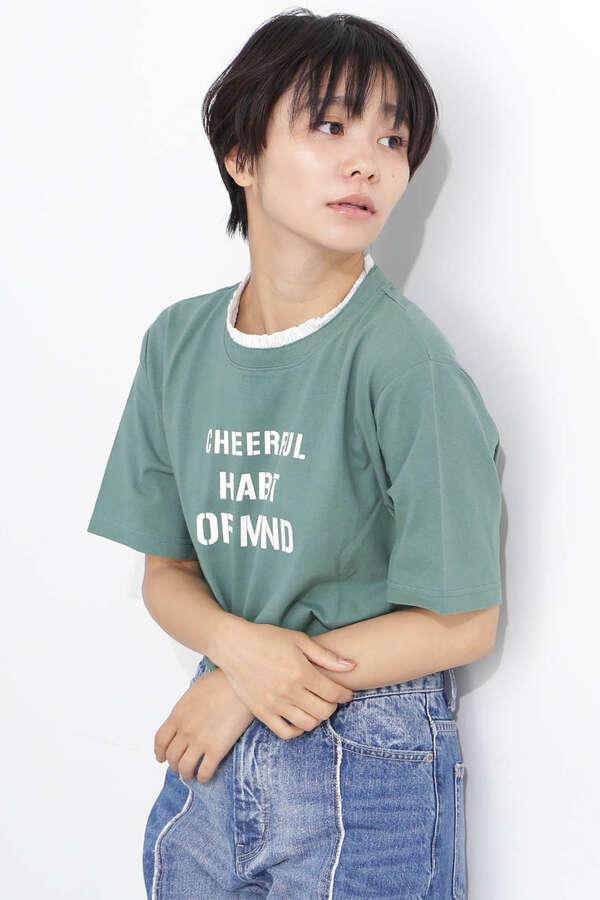 フリルネックロゴTシャツ