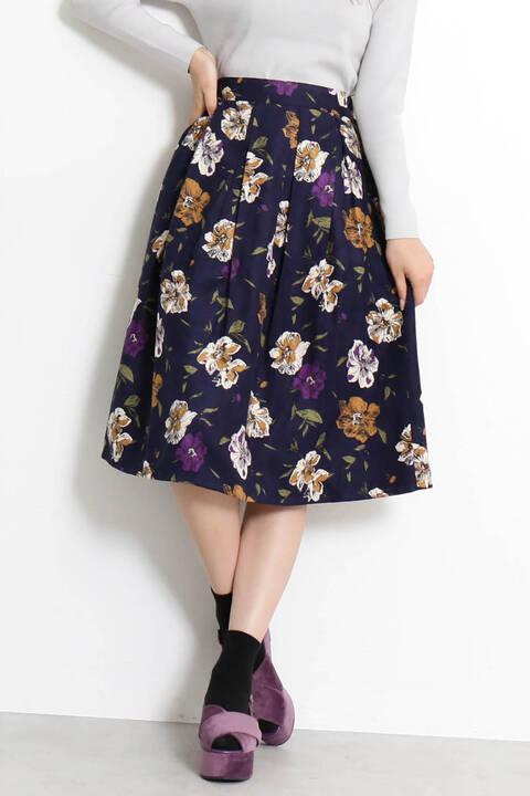 ピーチタッチ花柄フレアスカート
