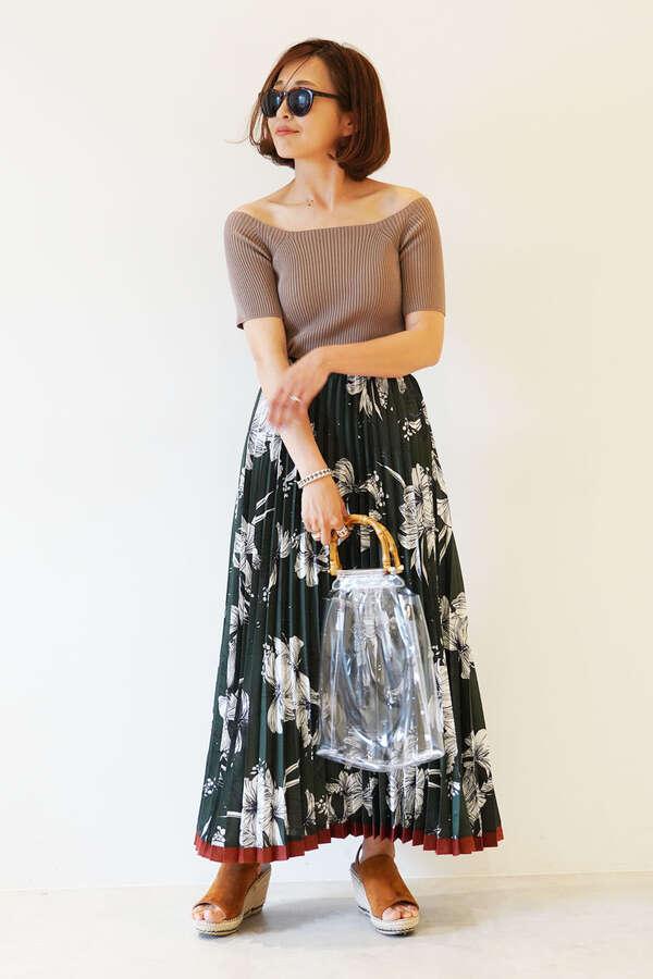 《杉本美穂着用》裾ラインフラワープリーツスカート