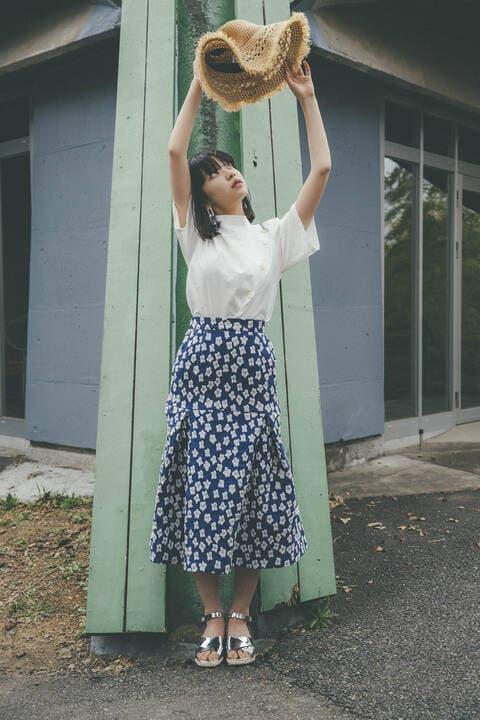 〔田中芽衣監修〕フラワージャガードフレアスカート