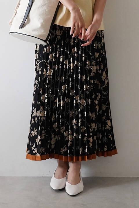 レトロフラワー柄裾ラインプリーツスカート