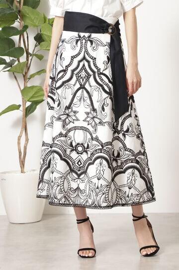 サンドラエンブロイダリースカート