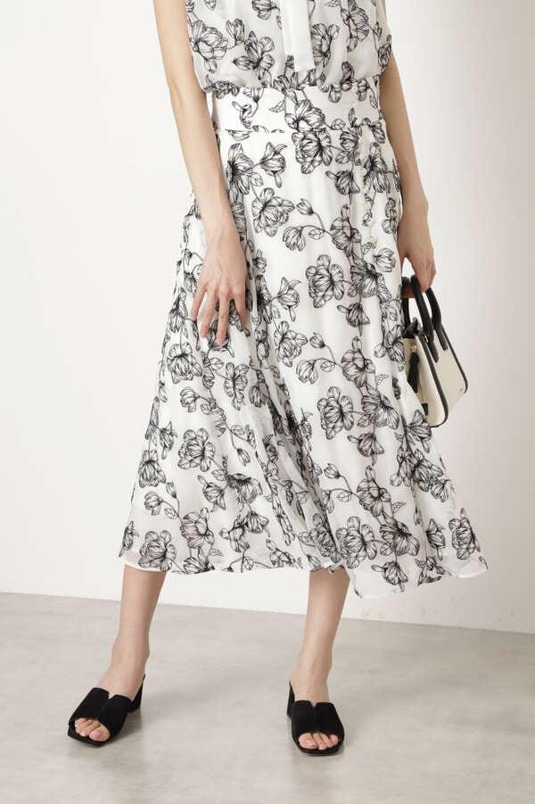 ジニ―エンブロイダリースカート