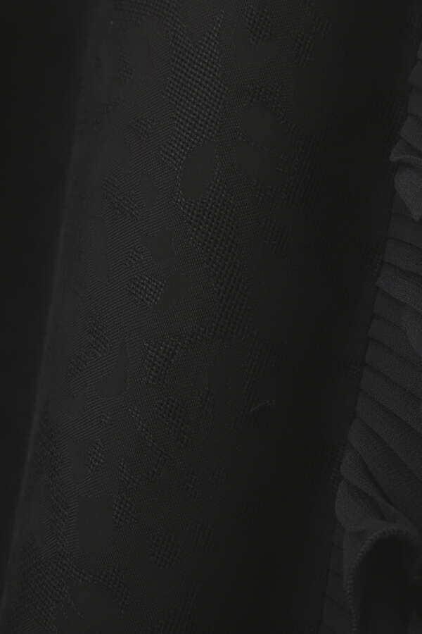 クララジャガードスカート