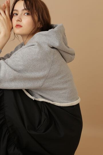 《Exclusive Line》クロップドフーディー