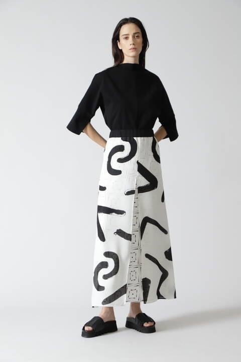 モノトーンレイヤードスカート