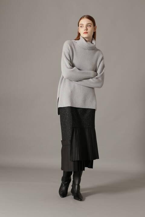 ホワイトネップツイードスカート