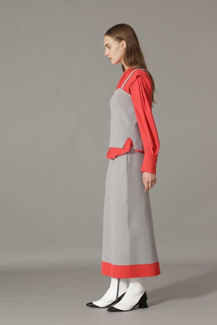 リブニットスーツ