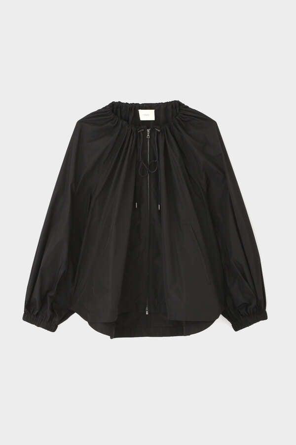 《LE PHIL》テックライトジャケット