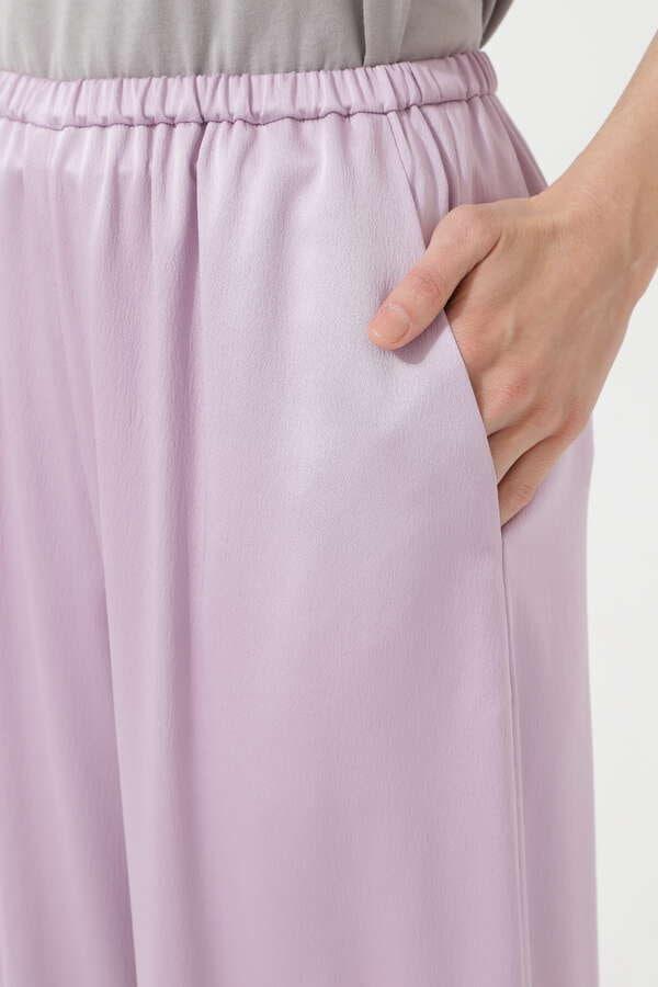 グロッシーサテンパンツ