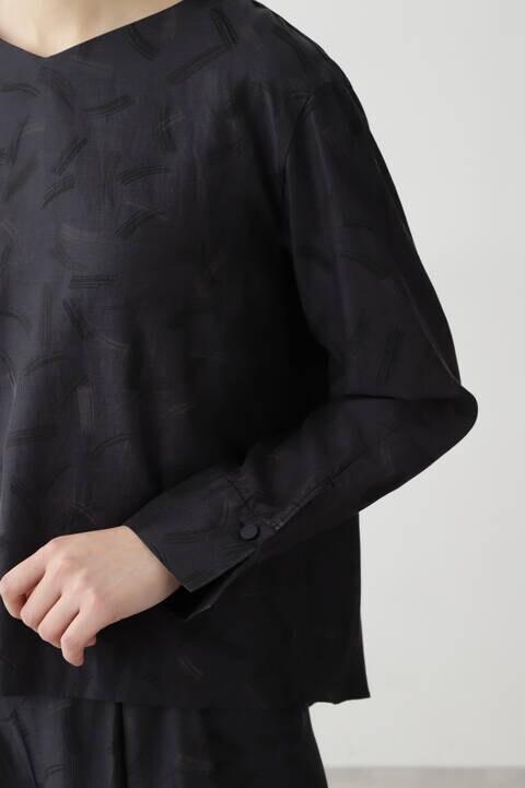 綿キュプラツイルプリントブラウス