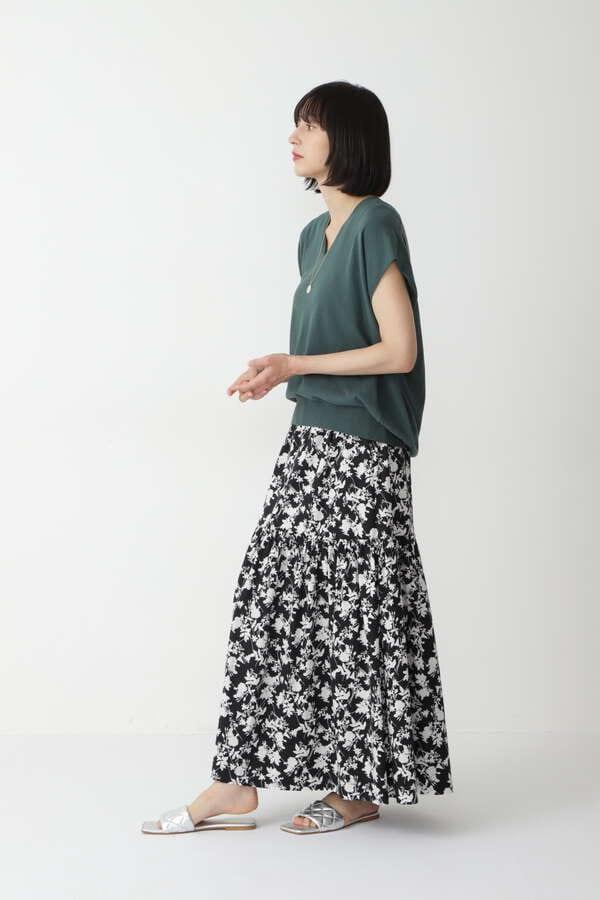モノトーンプリントスカート