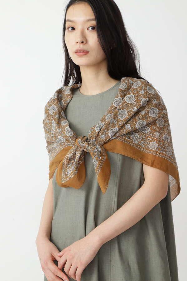 MOIS MONTスカーフ