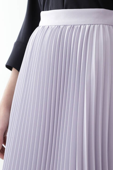 ランダムヘムプリーツスカート