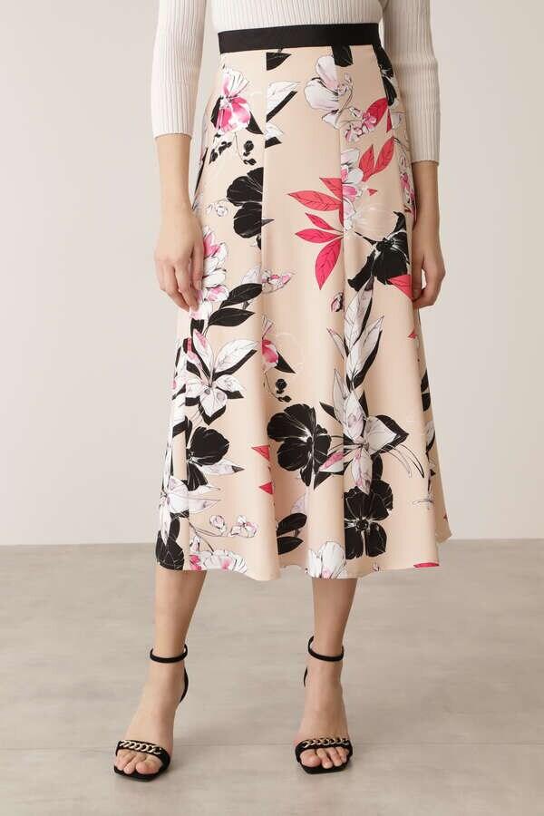 カラーフラワーゴアードスカート