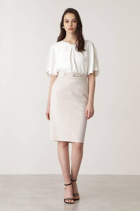 ハトメベルトデザインスカート