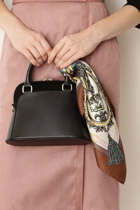大判シルクスカーフ