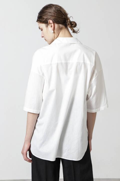 ピンタックシャツ