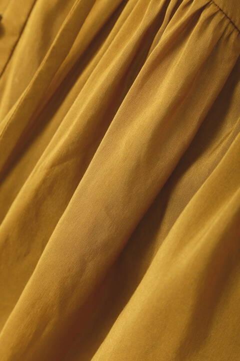 パウダリーギャザーブラウス