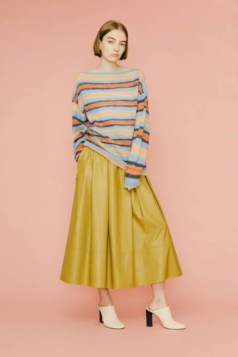 【先行予約 10月上旬-中旬入荷予定】ライトフェイクレザースカート